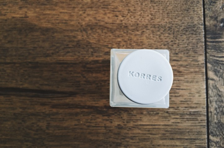 Korres White Tea Bergamot Freesia Top